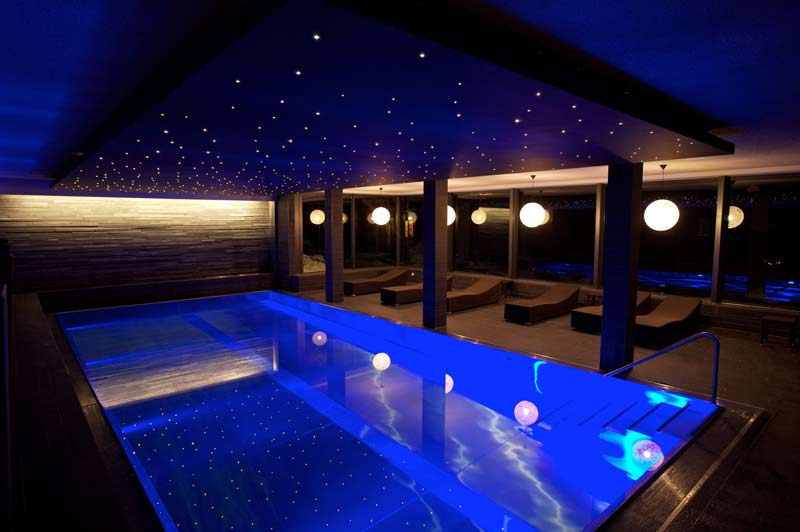 interior-design-for-hotel-swimming-pool-lounge-in-gurgaon-delhi