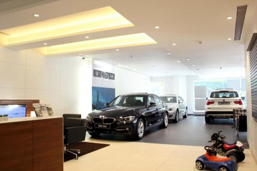 best-interior-designer-for-BMW-showroom