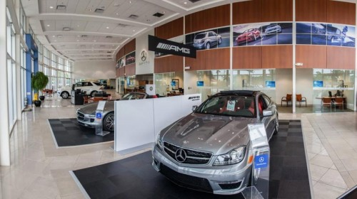 best-interior-designer-for-mercedes-benz-showroom