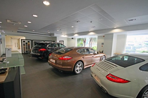 porsche-showroom-interior-work
